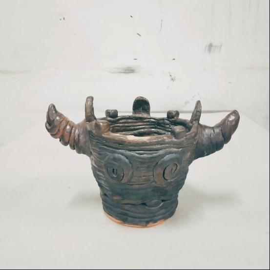 3171班部分同学手工成型陶艺作品