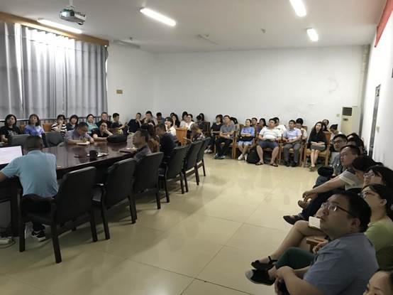 监考教师会议-3